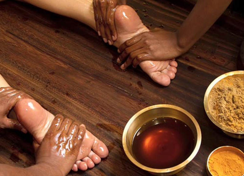 Ayurvedic treatment using abhyagam therapy